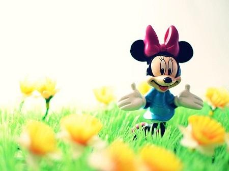 ミニーマウスのモチーフ