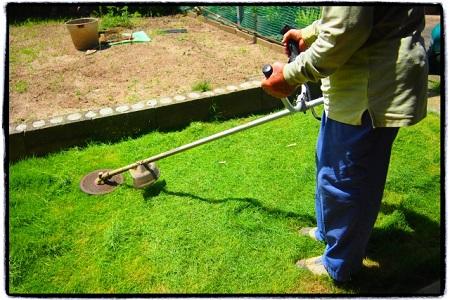 草刈りグッズは自分が使いやすいと思うものを選ぼう